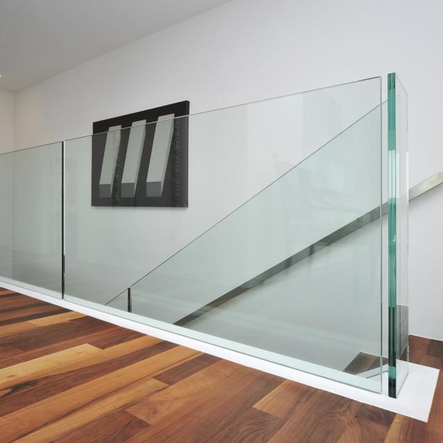 Felsenfeste Glasbrüstungen und Treppengeländer